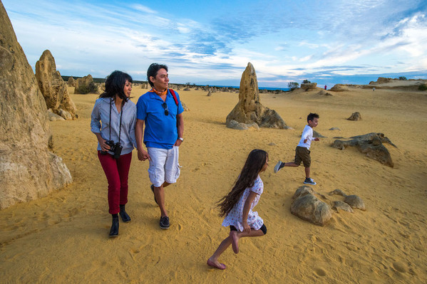 The Pinnacles, Nambung National Park, Indian Ocean Drive, Tourism WA, 110997.jpg