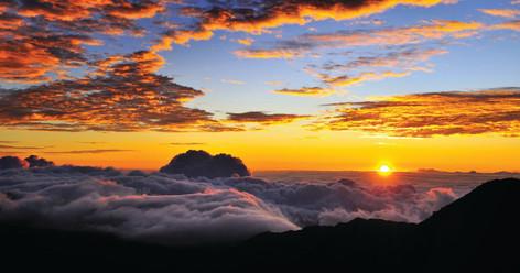 Haleakala Sunrise Tour with Breakfast