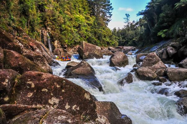 Scenic White Water Rafting New Zealand