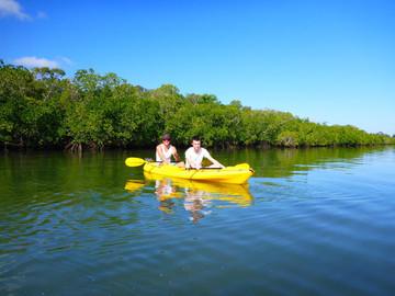 Rainbow Beach Turtle View Kayak Tour