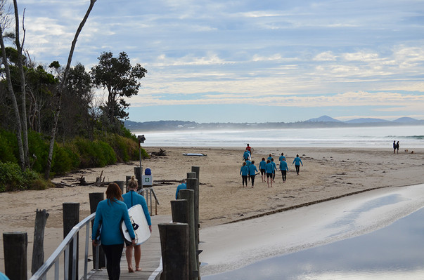 learn to surf surf camp