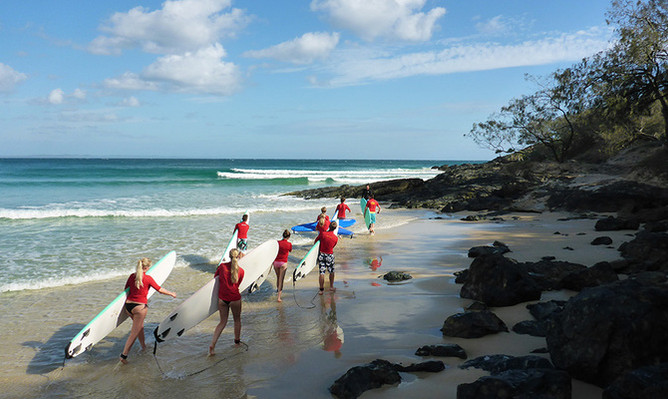 Rainbow Beach surf lessons discounts