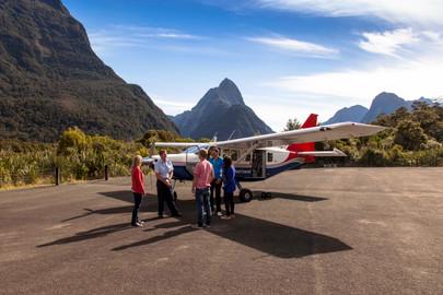 Milford Sound Scenic Flight - Cruise - Heli