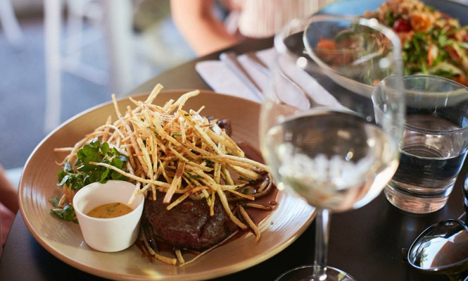 Scenic Food & Wine Day Tour Inc. Lunch deals