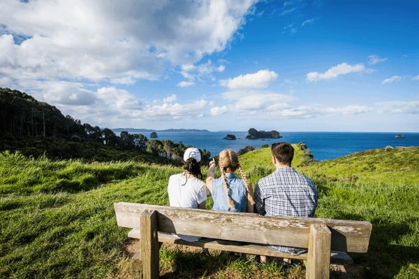 Kiwi Experience bus tour voucher