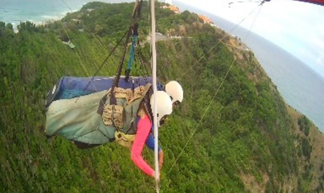 Byron Bay hang gliding tours