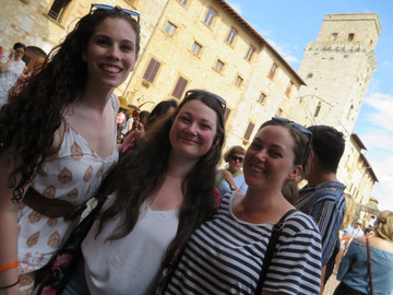 One Day Hiking and Picnic Tour Of Tuscany