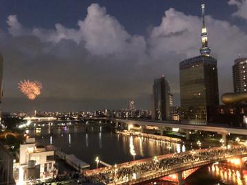Watch the Sumidagawa Fireworks in Tokyo