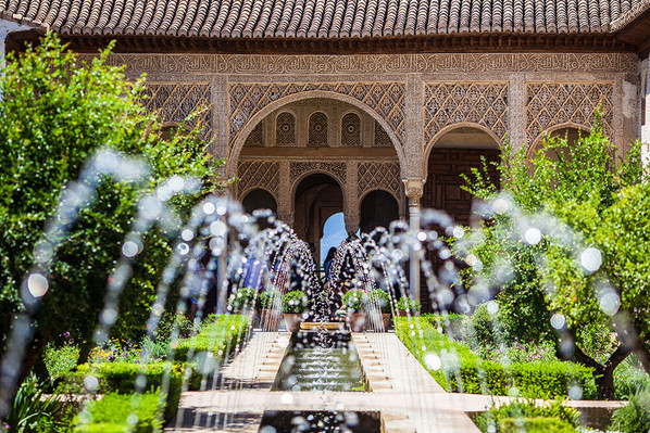 Tour of Alhambra palace in Granada