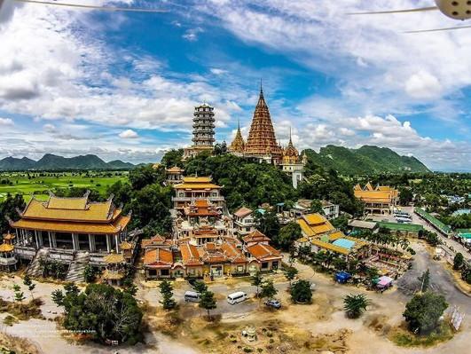 visit kanchanaburi city tours