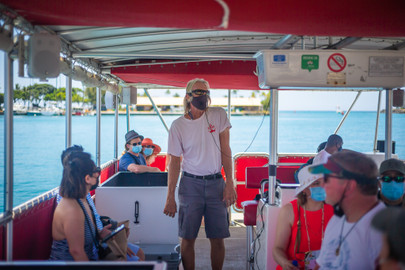 Oahu Morning Wildlife Glass Bottom Boat Cruise