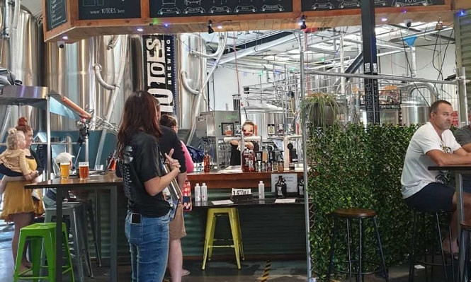 Sunshine Coast Brewery Tour with lunch