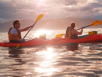 Kaikoura Guided Sunset Kayak Tour