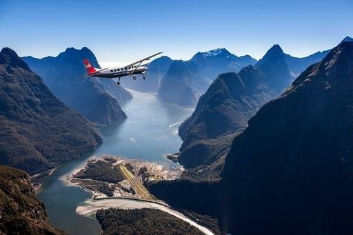 Milford Sound Scenic Flight 3
