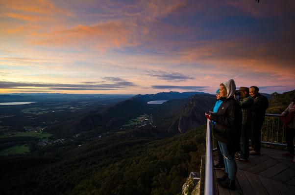 One Day Grampians National Park & Kangaroos Tour