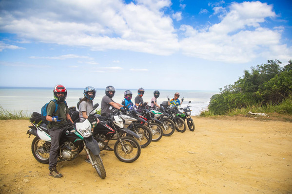 guided overnight tour colombia