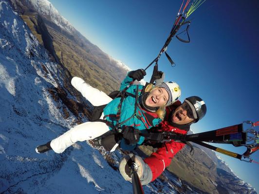 winter paragliding tour