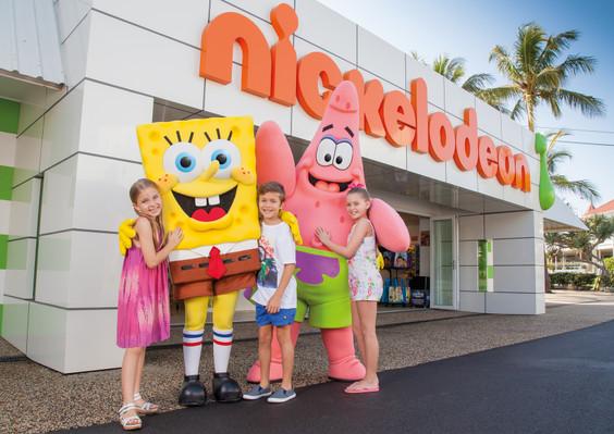 Nickelodeon-Land-SpongeBob-Meet-Greet-001.jpg