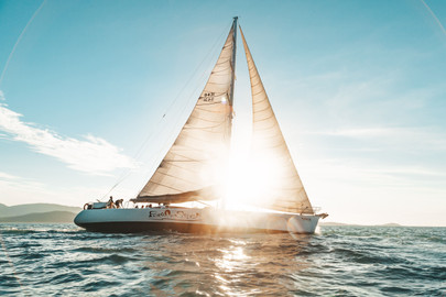4 Day, 3 Night Whitsunday Sailing Tour On Maxi Yacht Broomstick