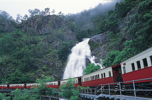 Kuranda Skyrail Scenic Rail Gold Class