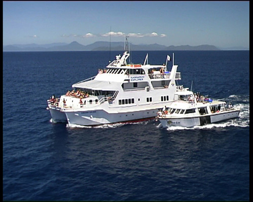 multi day tour on a boat