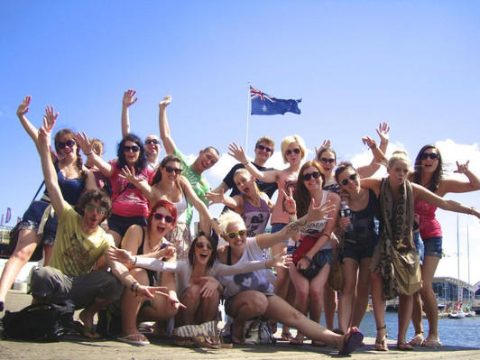Australia adventure backpacker tour