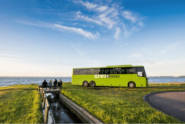 New Zealand bus tour