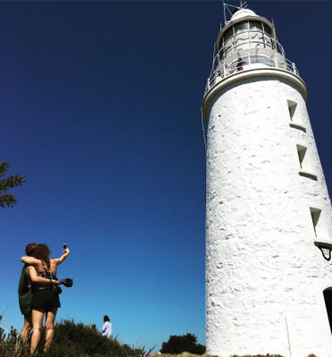 bruny island day tour lighthouse