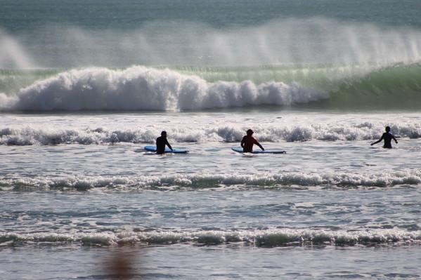Surf lessons at Raglan New Zealand