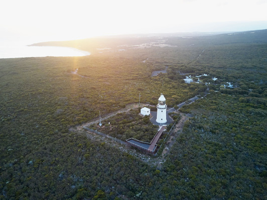 Cape Naturaliste Lighthouse family