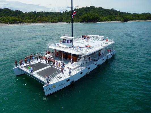catamaran-manuel-antonio