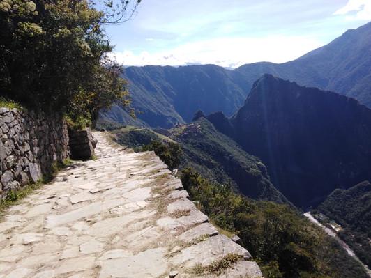 FOLLOW ON THE ANCIENT INCA PATH TO MACHU PICCHU 6