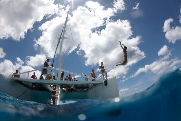 Kona Sail and Snorkel Tour Deals