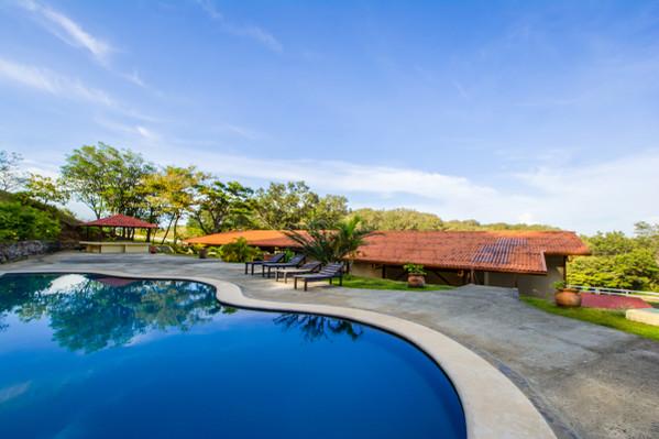 pool-aventura-park
