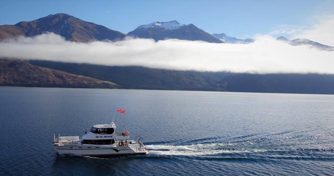 lake wanaka catamaran
