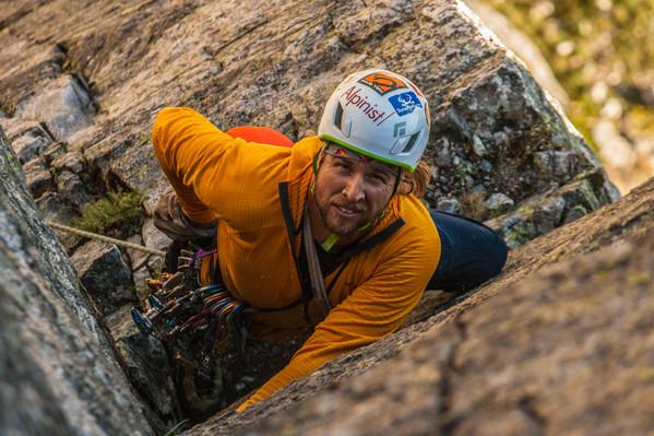 Wanaka Rock climbing tour