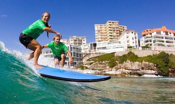 best surf lesson gold coast