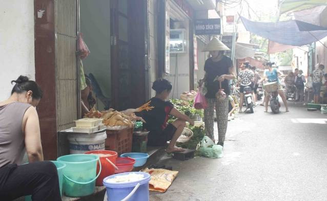 discovering hanoi's old quarters