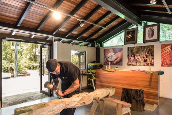 Carving-Studio