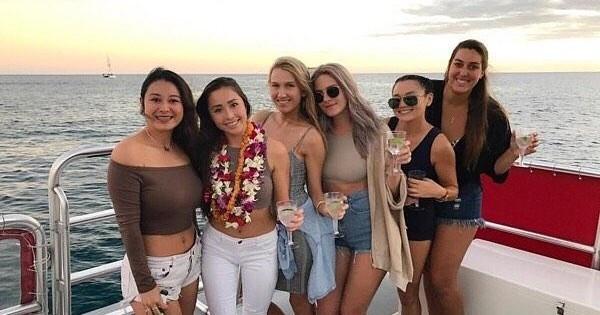 Honolulu glass bottom boat tour deals