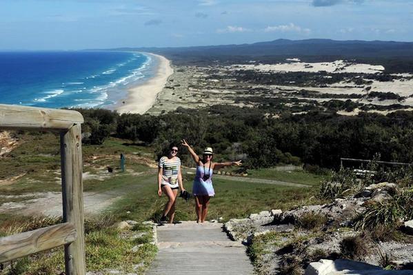 Brisbane to Moreton Island Tours