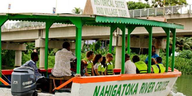 Fiji River Cruise tours