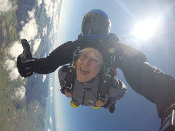 Auckland Tandem Skydive - Choose from 7,500 ft or 9,000 ft Or 13,000 ft
