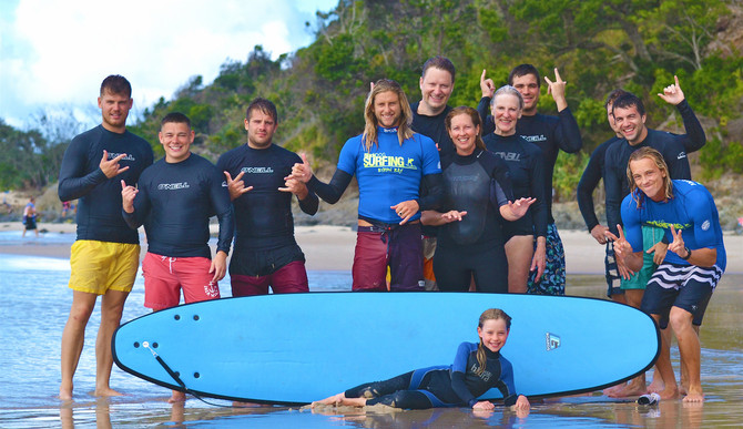 surf lessons group byron bay