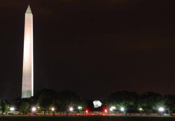 Monuments By Night Tour DC