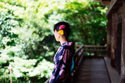 Kimono Walk Through Koko-en Garden in Himeji Castle