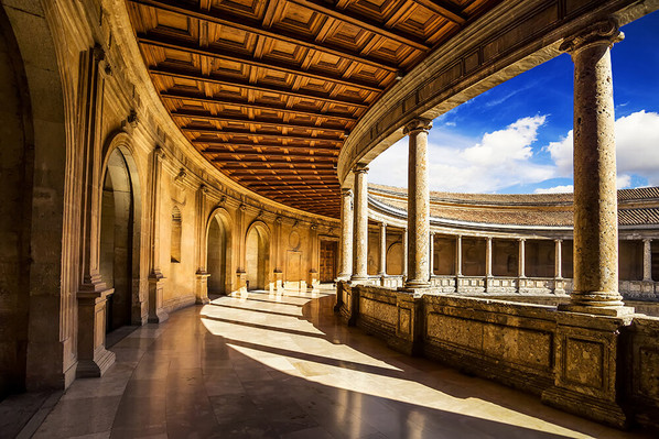 Day Tour of Alhambra and Granada city