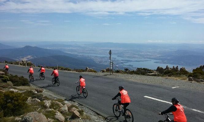mt wellington descent tour