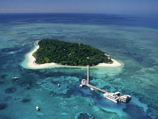 Great Barrier Reef & Green Island Adventure
