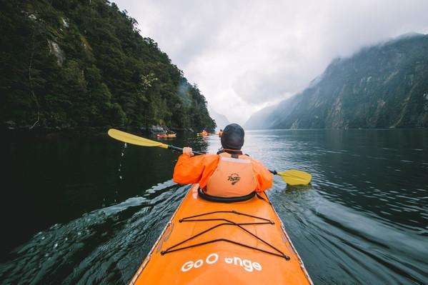 Milford Sound fiord kayaking